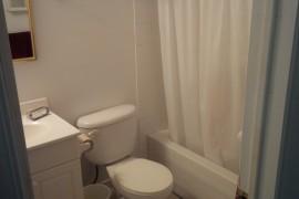 1582PoW_bathroom