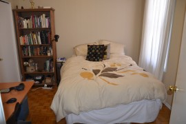 129Spruce_bedroom2