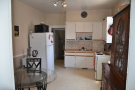 Ground Floor 2-Bedroom, steps to Lebreton Flats! at 129 Spruce St, Ottawa, ON K1R 6P1, Canada for 1100